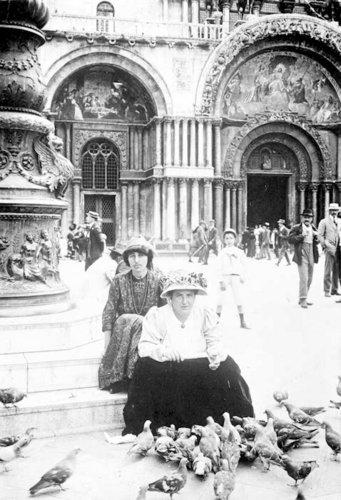 Stein&Alice_1908_Venice.jpg